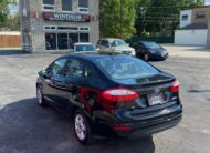 2017 FORD FIESTA SE LOW KM'S VERY CLEAN
