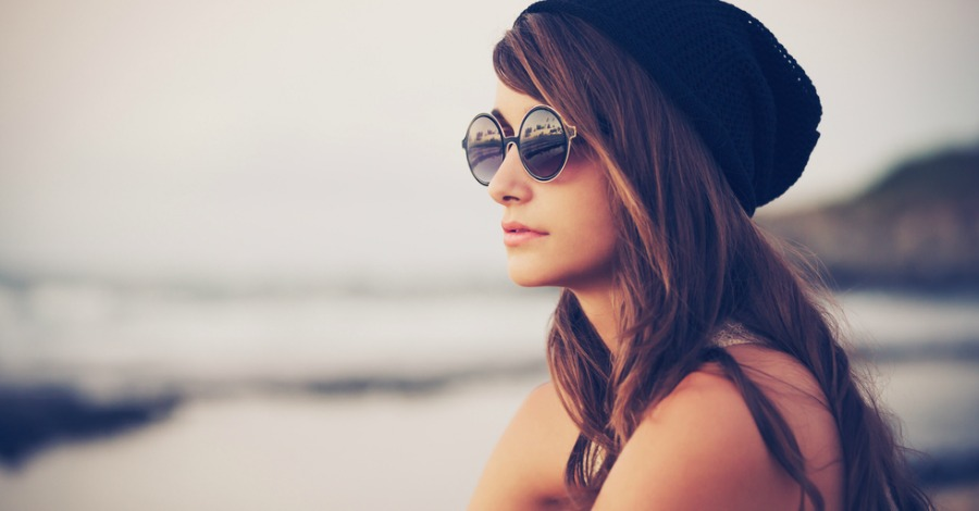 7 Signs You Have a Strong Personality (and it Might Scare Some People)