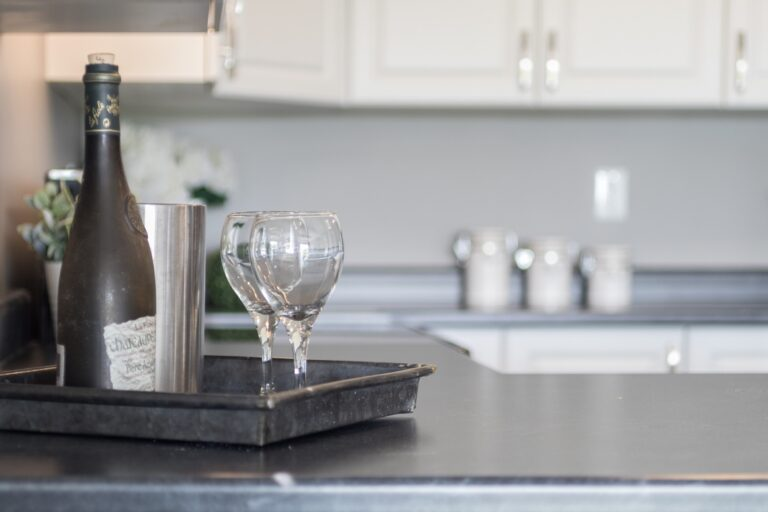 10 Granite Colors That Pair Perfectly With White Cabinets