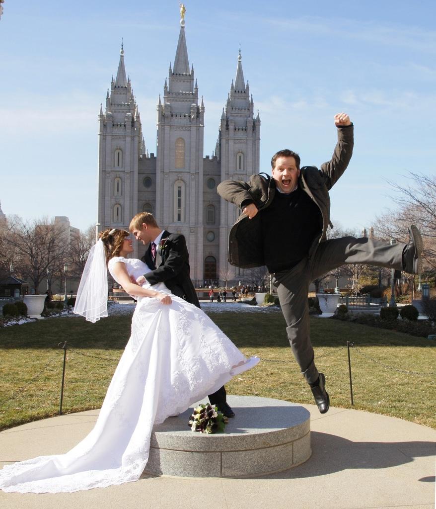 salt lake city temple wedding photos