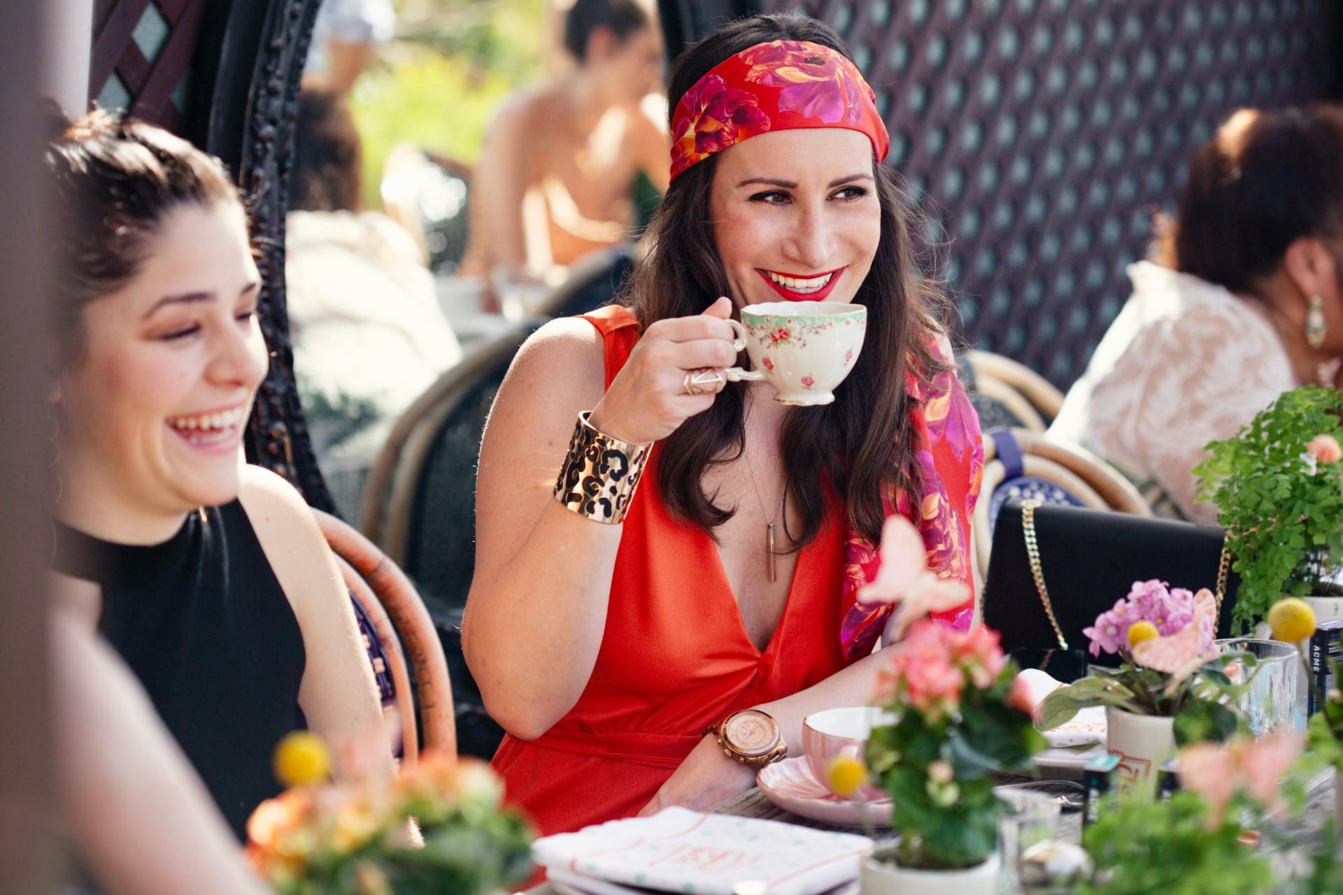 Sasha P Tea Time