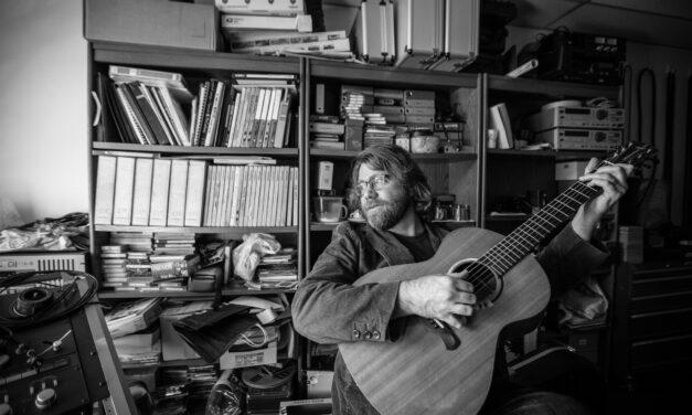 La Crosse Local Podcast E.138: Pat Ferguson | Musician