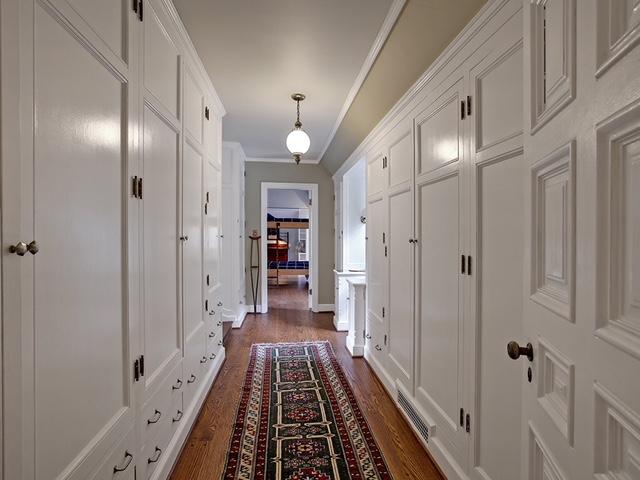 Taylor Made Retreat Addiction recovery interior hallway