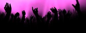 hands up majenta 1150X450cr