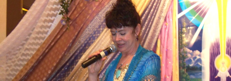 Mahara Brenna MC for Radiant Rose Conclave Vancouver BC 2011 crc900x315