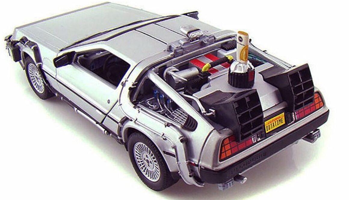 22441W-24-WLY-DeLorean-Time-Machine-BTFII-124-4-det