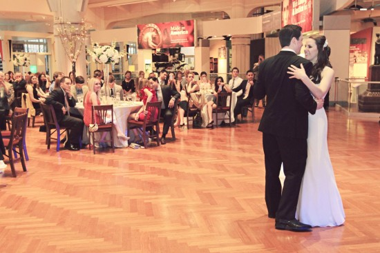 Bride-groom dance michigan wedding venue
