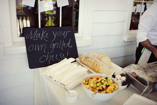 grilled cheese station at wedding