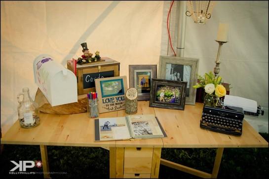 Unique Wedding Gift Box Table