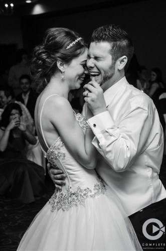 Complete Weddings - Omaha NE Wedding DJ