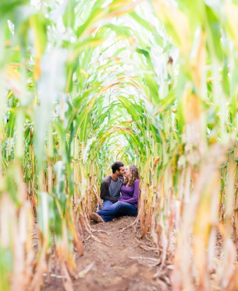 Fall Engagement Photo Ideas - Corn Stalks
