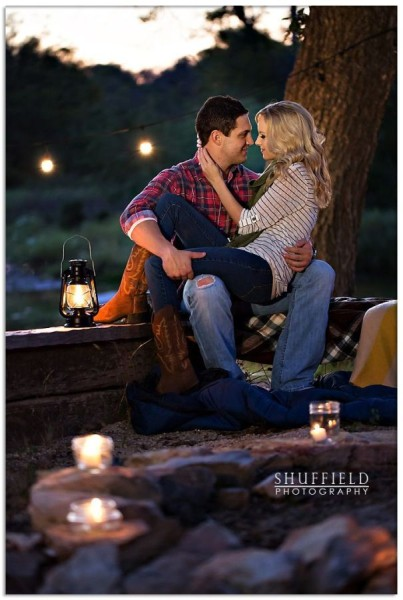 Fall Engagement Photo Ideas - Firepit