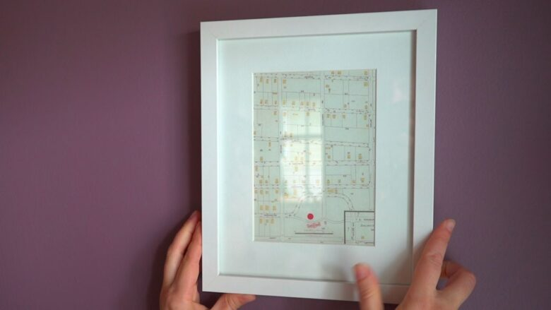 Hanging a gift map