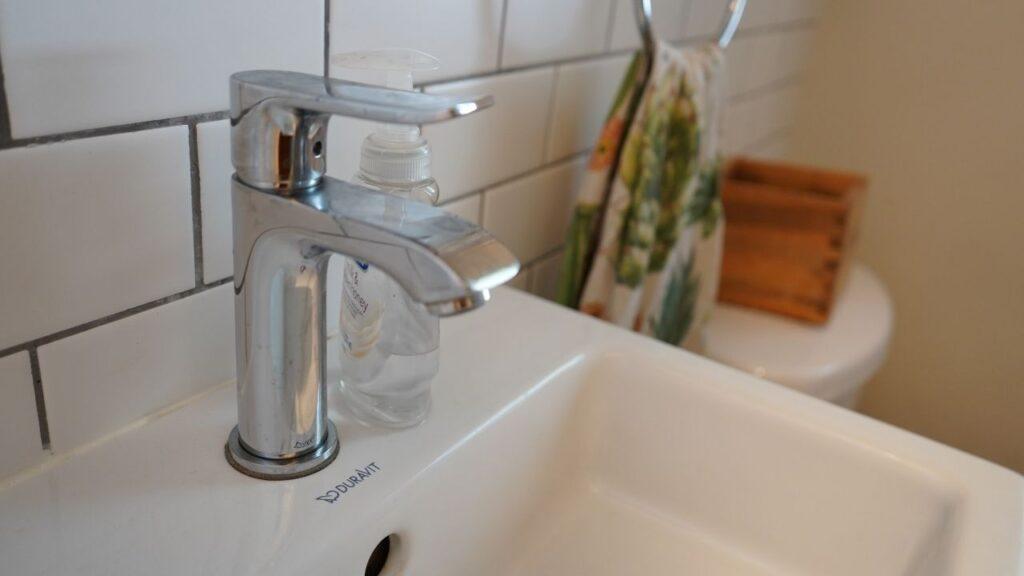 Victorian Farmhouse Bathroom renovation