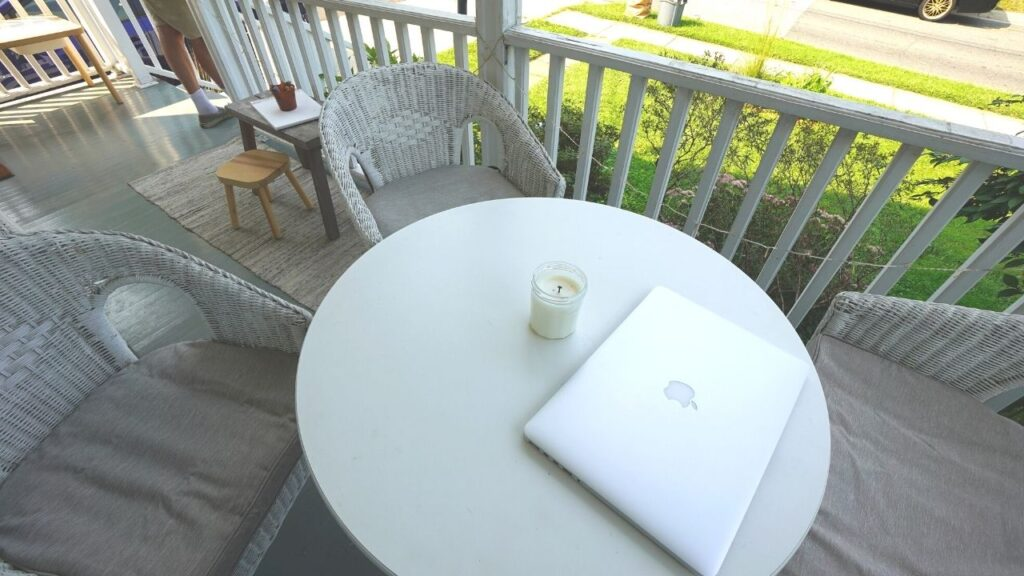 fornt porch as your home office