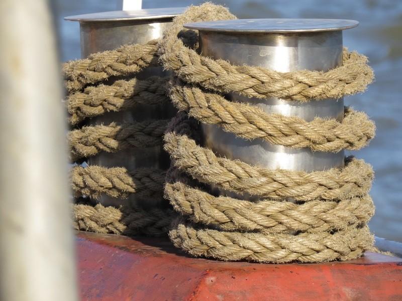 maintenance of mooring ropes