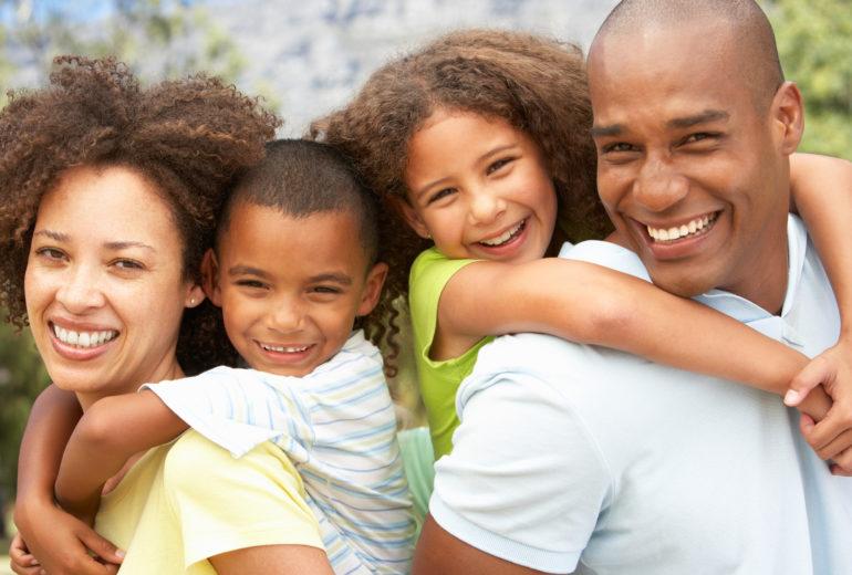 when should my kids see a family dentist in boynton beach