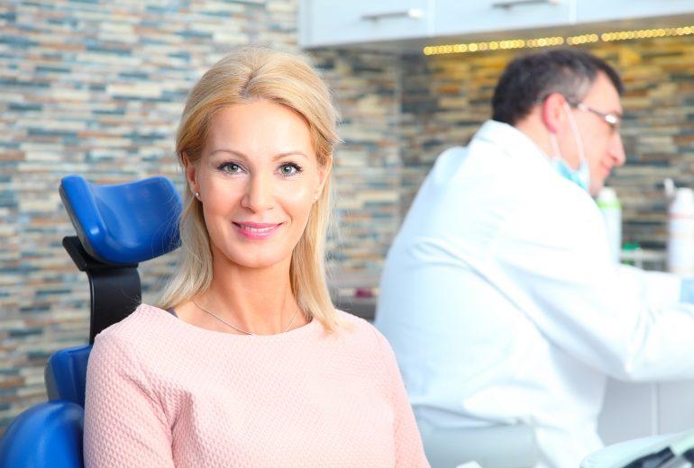 who offers dental implants boynton beach?