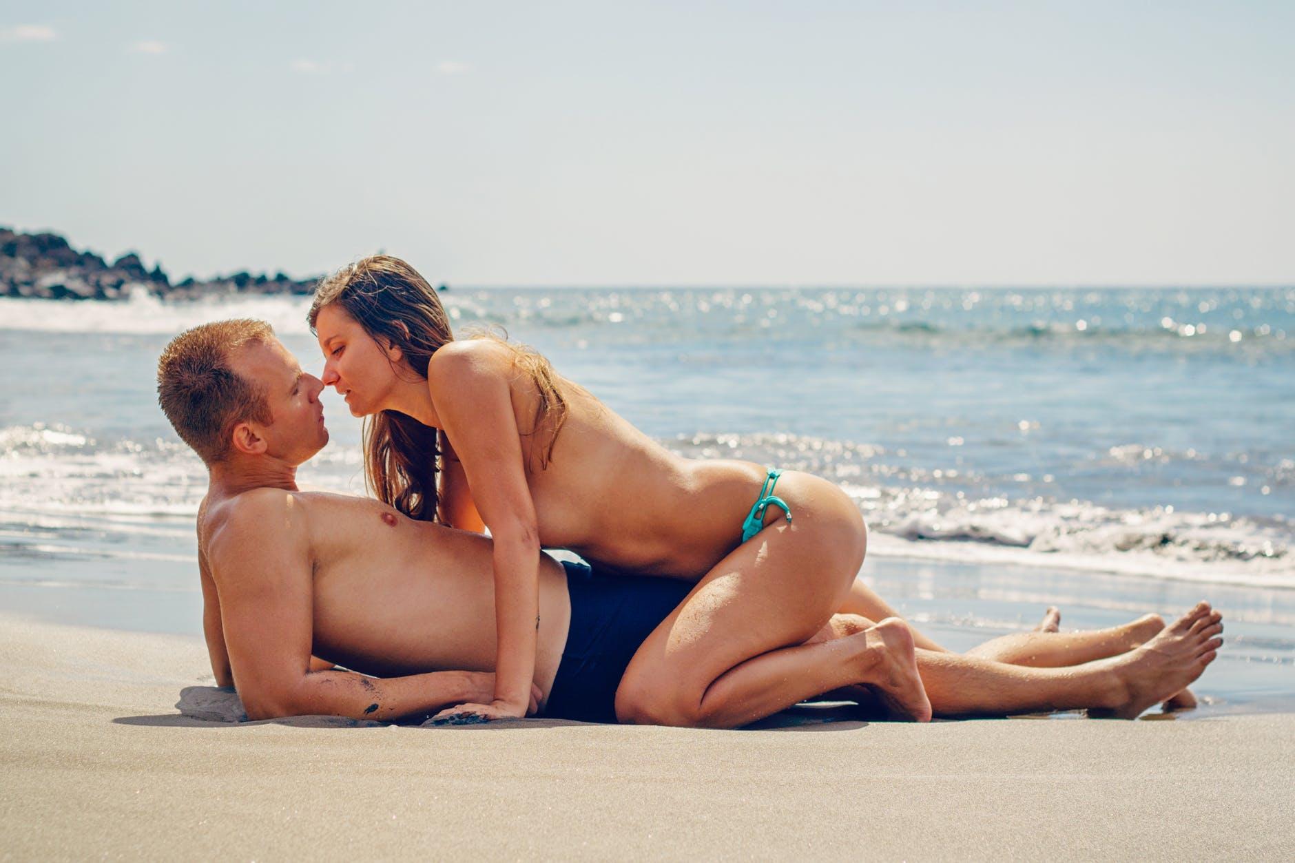 สาวๆ ต้องรู้! ใช้มืออย่างไรให้ผู้ชายฟิน นิยามความรัก ทริคความรัก SEX