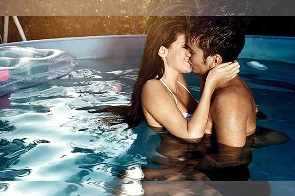 มีเซ็กส์ใต้น้ำอย่างไรให้ถึงใจ นิยามความรัก ทริคความรัก เพิ่มเติมความรู้เรื่องรักให้กับคุณ