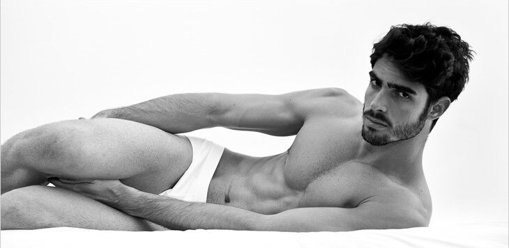JUAN BETANCOURT HITS THE WATER FOR ZILLI SPRING CAMPAIGN