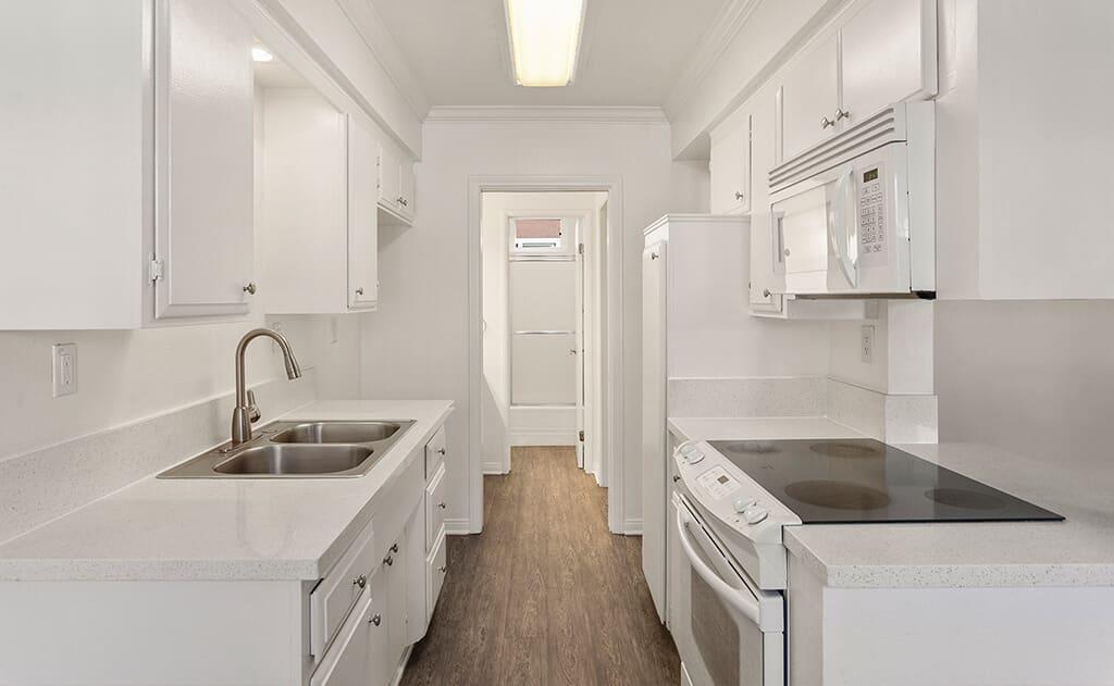 Modern style kitchen station