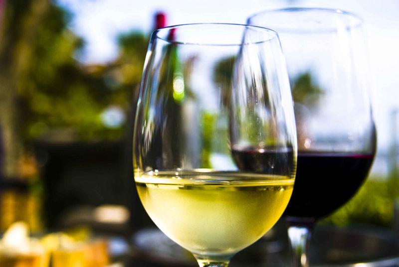 Como elegir el adecuado vino de mesa