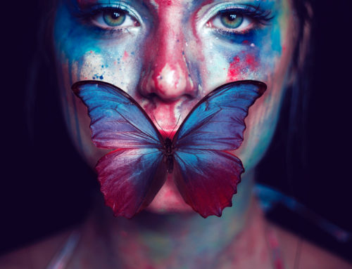 Mujeres que pintan en voz alta