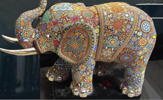 Cesar Menchaca y el arte Huichol