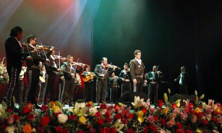 Los Mariachis: tradicion mexicana