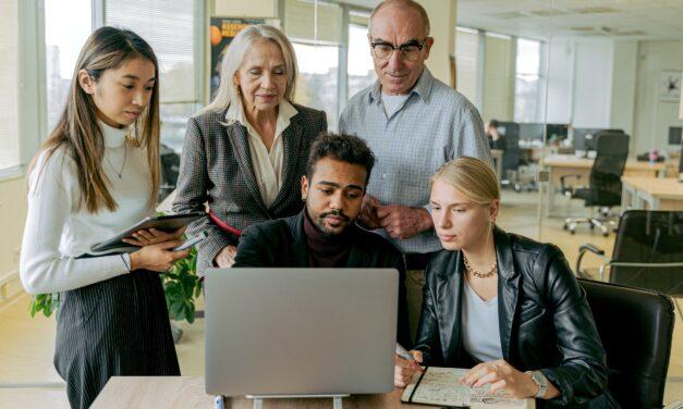 experiencia y juventud en el trabajo