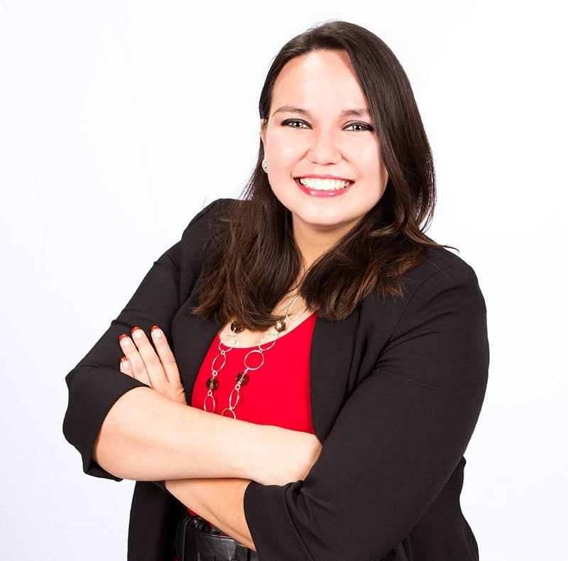 Laura Campos, Customer Service Representative