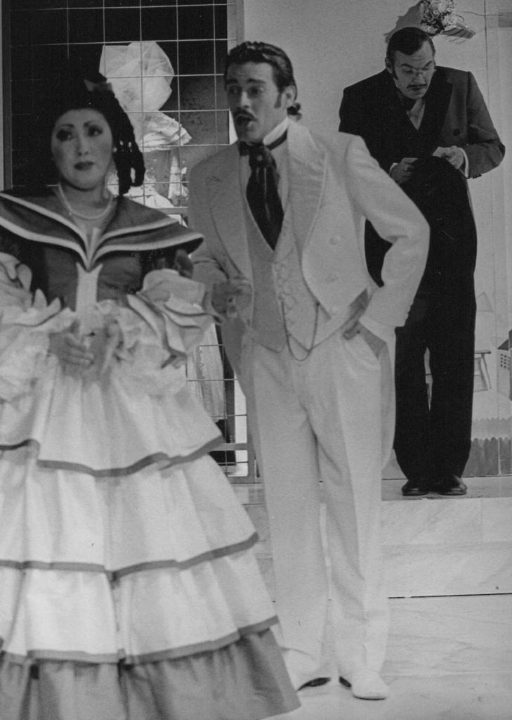 Die Heirat Timothy Simpson Tenor, Yong Yang, Thomas Jesatko Osnabrück2