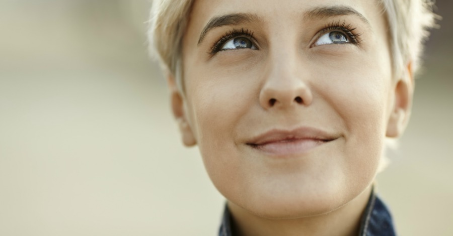 8 Personality Traits of Happy People