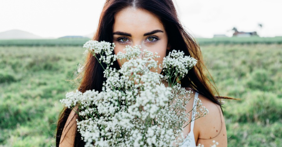 This Is What Your Favorite Flower Says About You and Your Personality