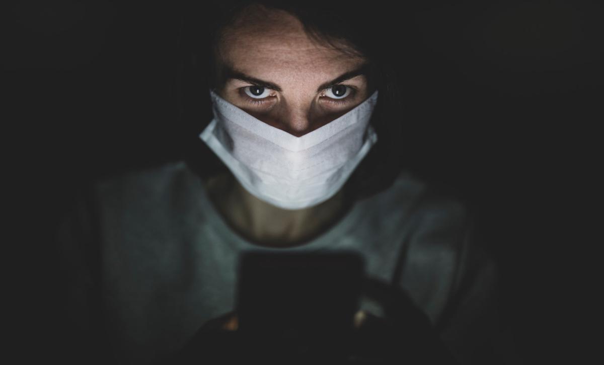 Man wearing face mask. Photo by Engin Akyurt on unsplash