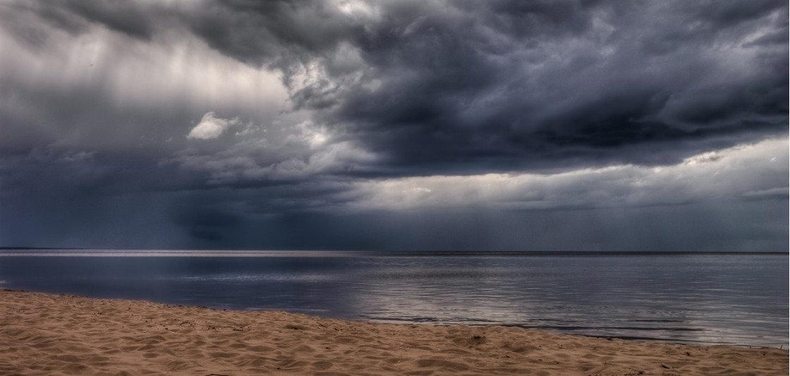 August 27: Hurricane Laura Thunders Ashore