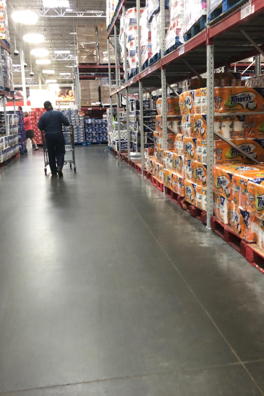 A Sam's Club Report as Panic Buying Begins Again