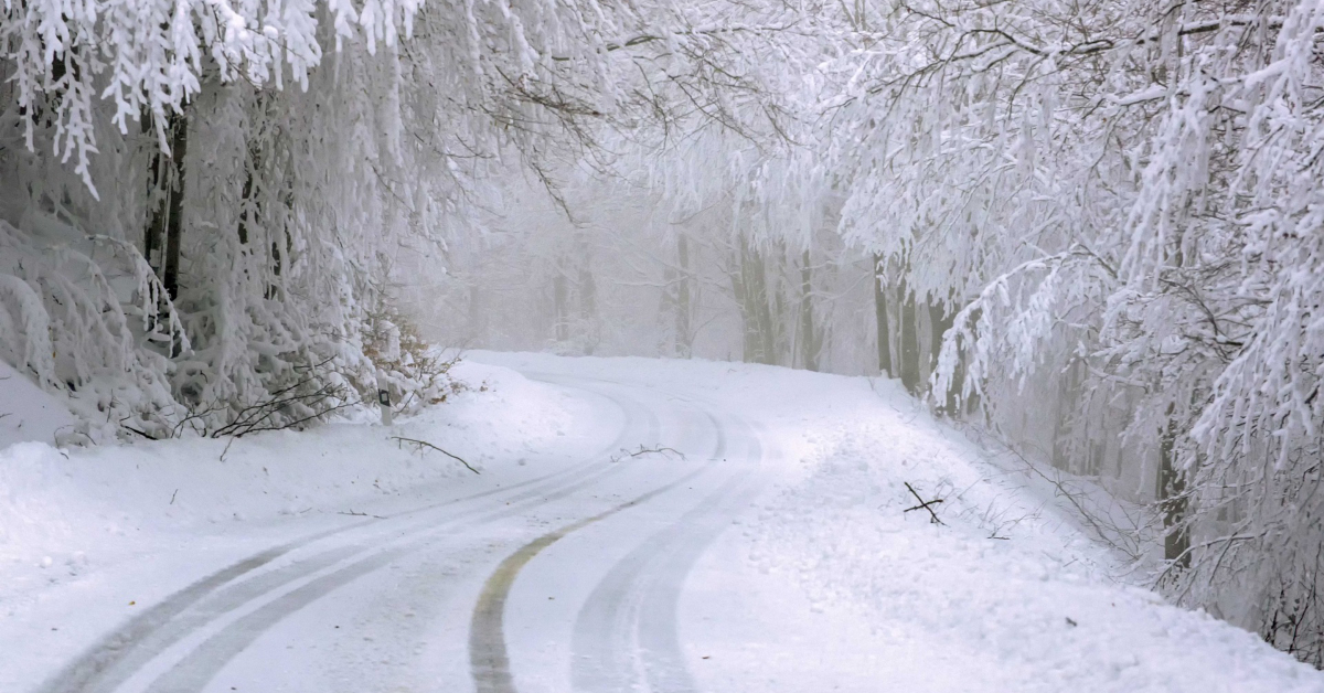 Snowy road image by Ioannis Ioannidis from Pixabay.