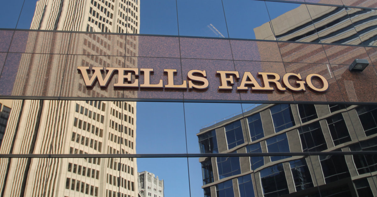 Is Wells Fargo Canceling Credit Lines a Sign of an Economic Collapse?
