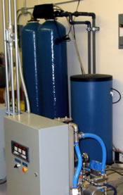 Winter Humidification and Summer Cooling System