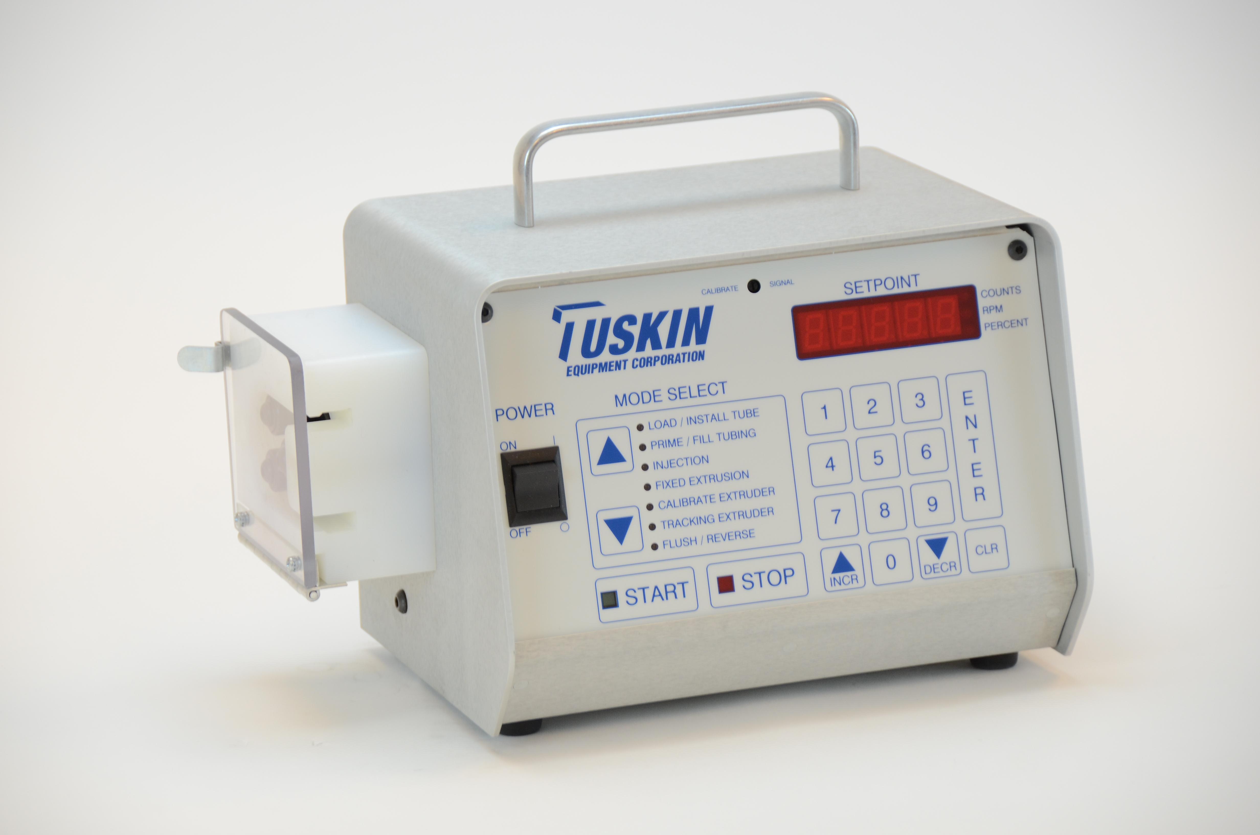 Tuskin liquid color pumps include 050 Series 3-roller pump head