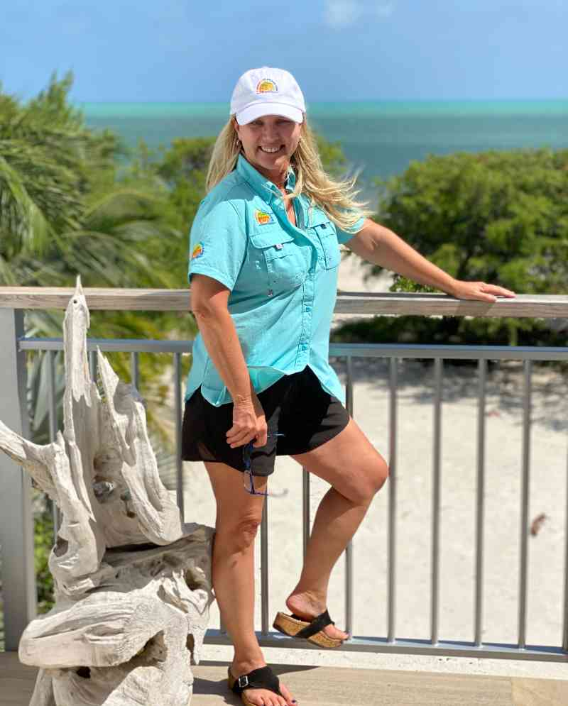 columbia fishing shirt for women with happy in the keys logo