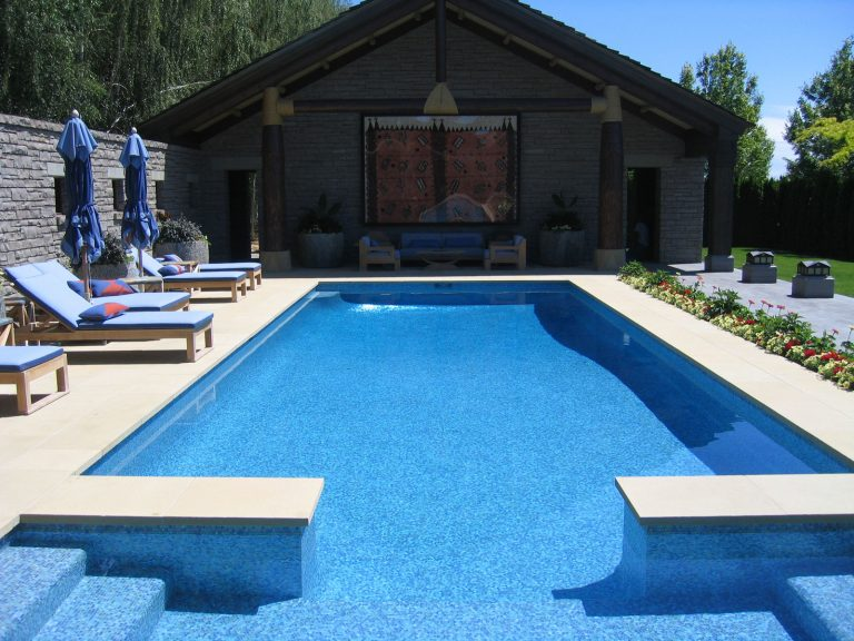 Great Pool For Swimming Laps!