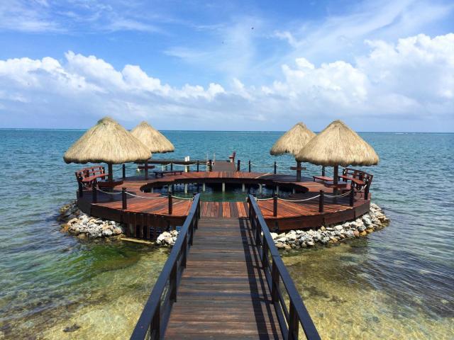 Ocean Front Villa - Image 02