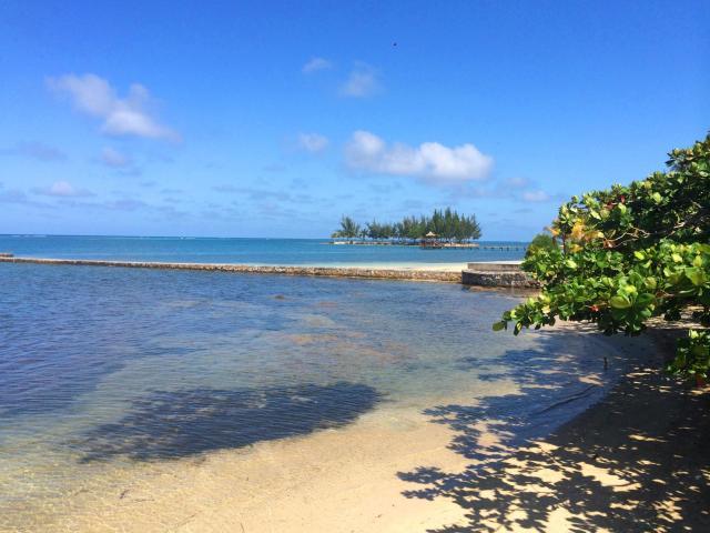 Ocean Front Villa - Image 19