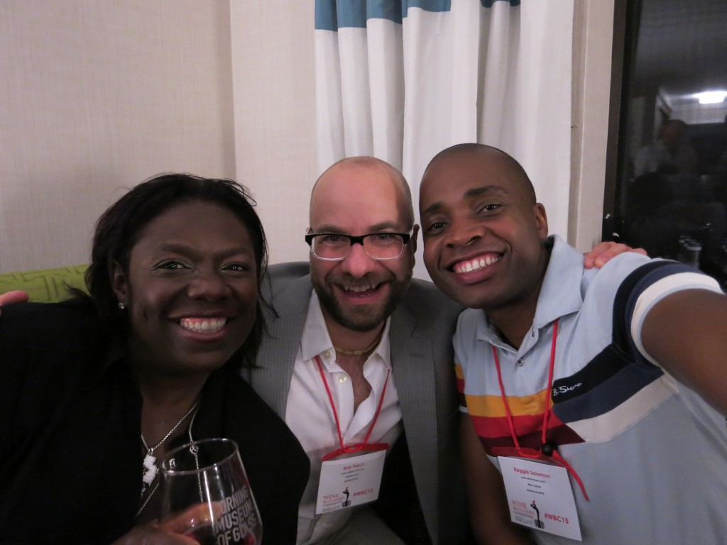 Glynis of Vino-Noire.com and Reggie of WineCasual.com with the author