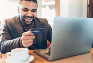 5 Must-Know Benefits of Credit Cards - TheGuardlite