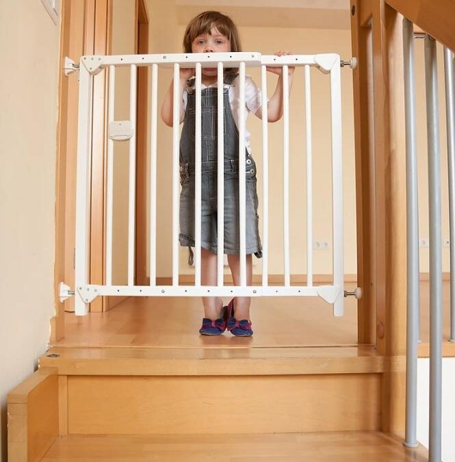 Kid stair gate