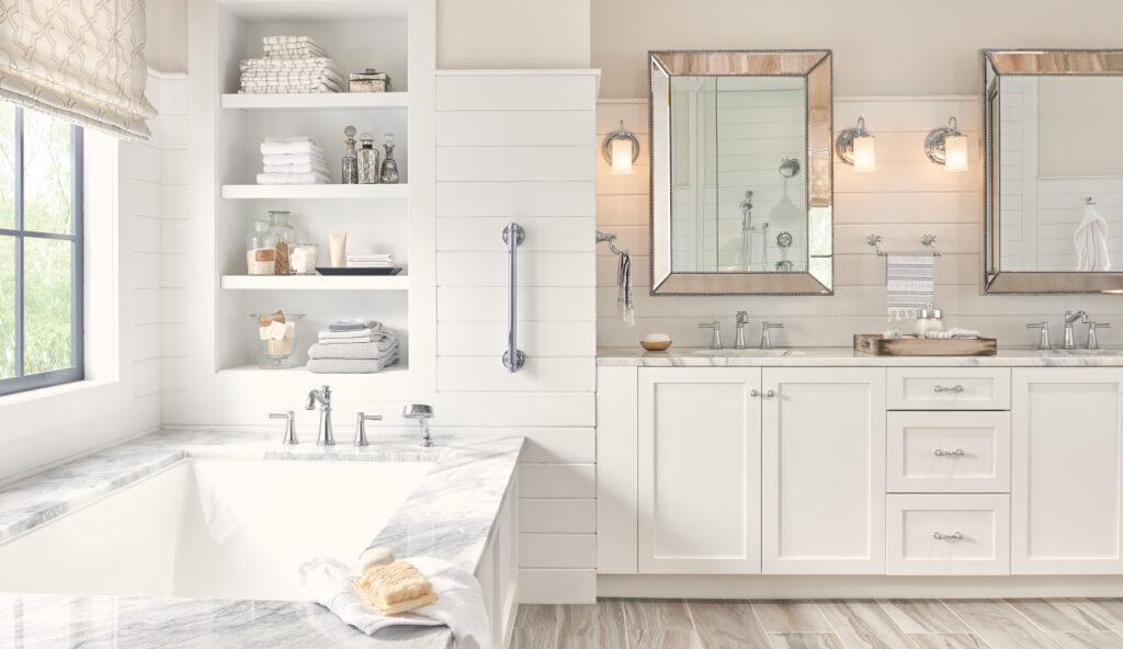 Moen Belfield Bath Suite with grab bar instalment